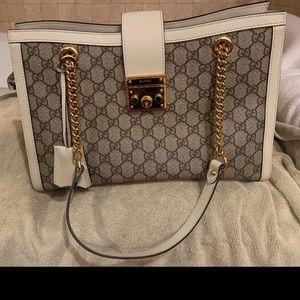 Gucci Padlock Medium Shoulder Bag - Beige Ebony